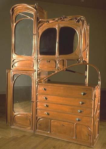 A Very Brief Guide To Design Movements - Art Nouveau (2/6)